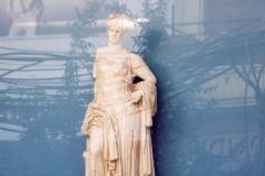 65-Antike-Modern-Woman I